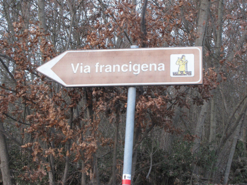 A piedi lungo la Via Francigena